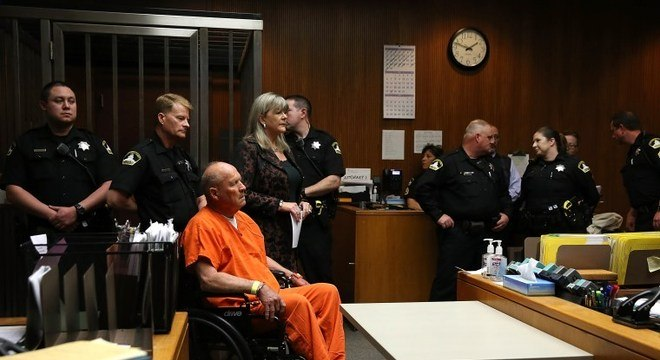Joseph DeAngelo, acusado de ser o 'matador de Golden State', em audiência