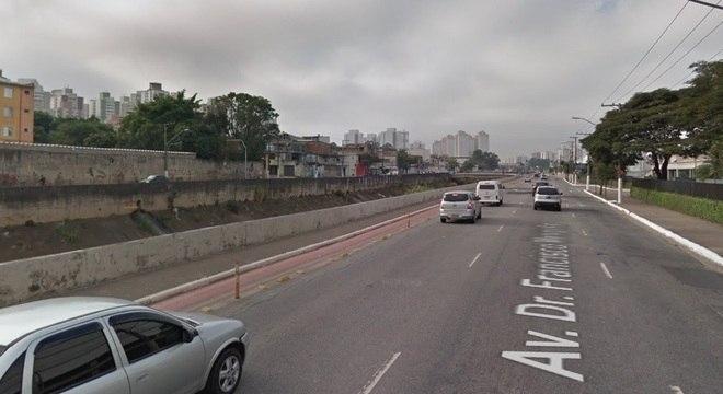 Assalto na Av. Dr. Francisco Mesquita terminou com um foi morto e outro preso