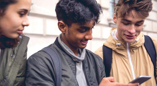 A rede social está se esforçando para reconquistar o público jovem