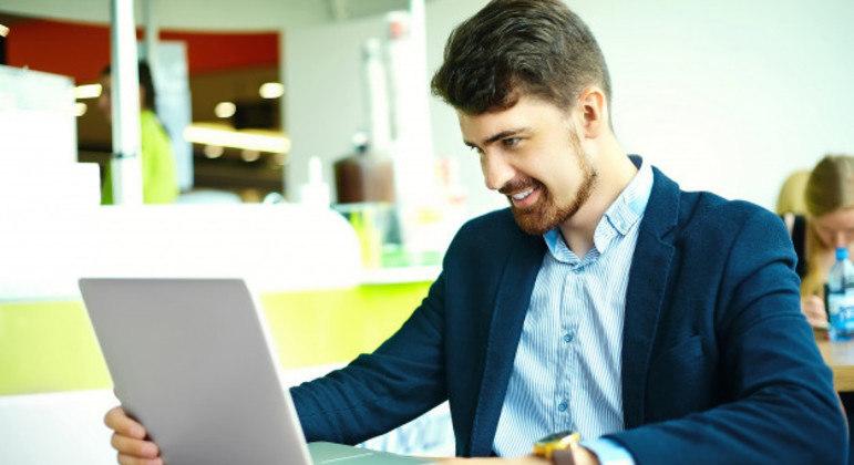 Interesse dos jovens em pesquisar franquia como opção de negócio cresceu 109,4%