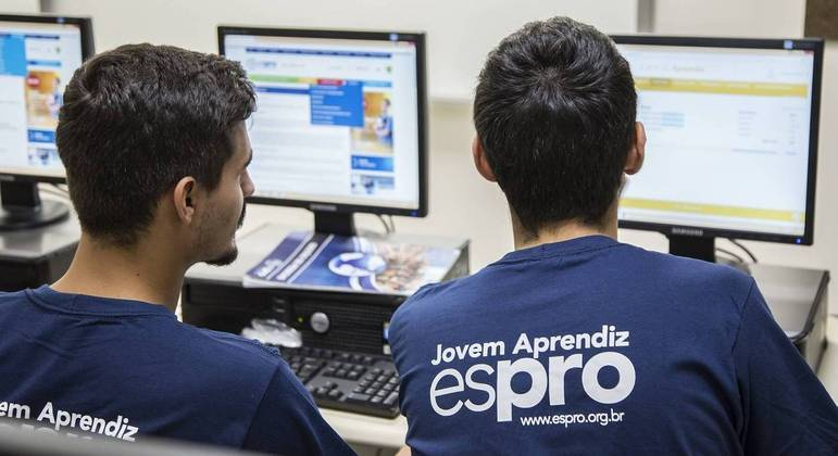 Jovens com vulnerabilidade social são capacitados para o mercado de trabalho