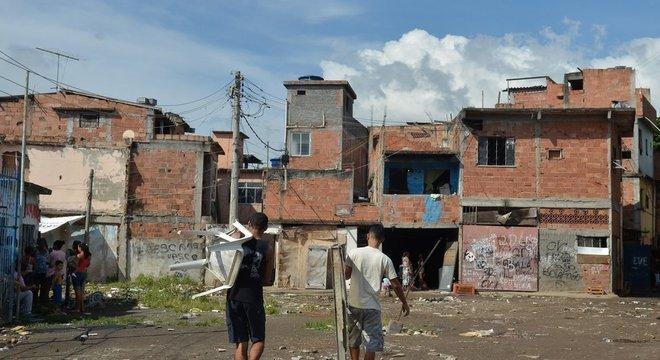 Queda da renda e desigualdade impedem avanço maior do desenvolvimento humano