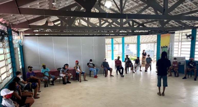 Galpão ZL oferece cursos de capacitação e reúne jovens moradores do Jardim Lapena