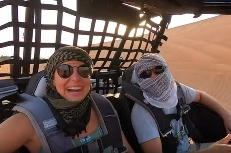 Ju Rios fez passeio radical no deserto de Al Faya