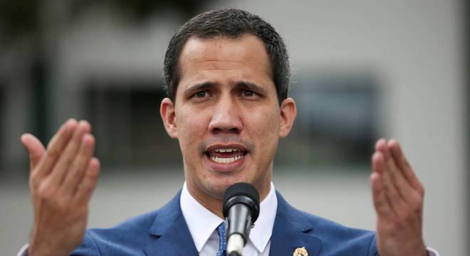 Apesar do apoio internacional, Guaidó é visto com desconfiança na Venezuela