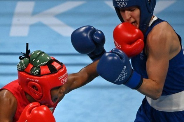 Jucielen Romeu fez sua estreia no boxe, mas foi derrotada pela britânica Karriss Artingstall por 5 a 0 e não conseguiu a classificação para as quartas de final na categoria até 57kg.