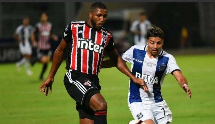 Jucilei: 32 anos, volante, valor de 1,5 milhão de euros (R$ 9,5 milhões). Sem clube, o último foi o São Paulo (até fevereiro de 2020).