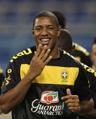 Lembra Deles Selecao Teve Jogadores Que Voce Tinha Esquecido Lance R7 Futebol