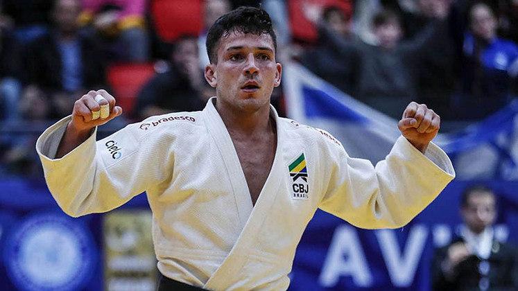 Judô: Daniel Cargnin representa o Brasil na categoria até 66 kg, enquanto Larissa Pimenta representa na de até 52 kg. Se forem avançando de fase, ganharão medalha neste domingo pela manhã. As lutas começam às 23h.