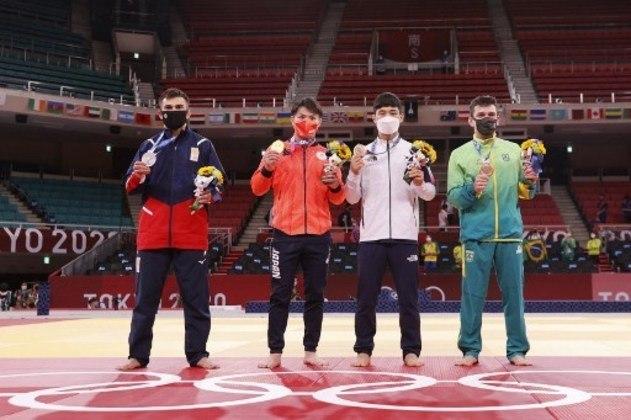 Judoca leva o bronze na categoria até 66kg.