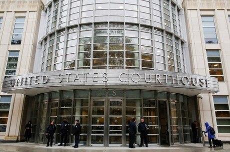Julgamento continua na corte federal do Brooklyn