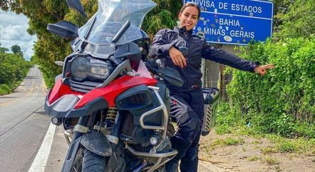 Júlia morreu em acidente de moto durante viagem