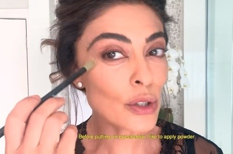 Juliana Paes em tutorial de maquiagem para a Vogue