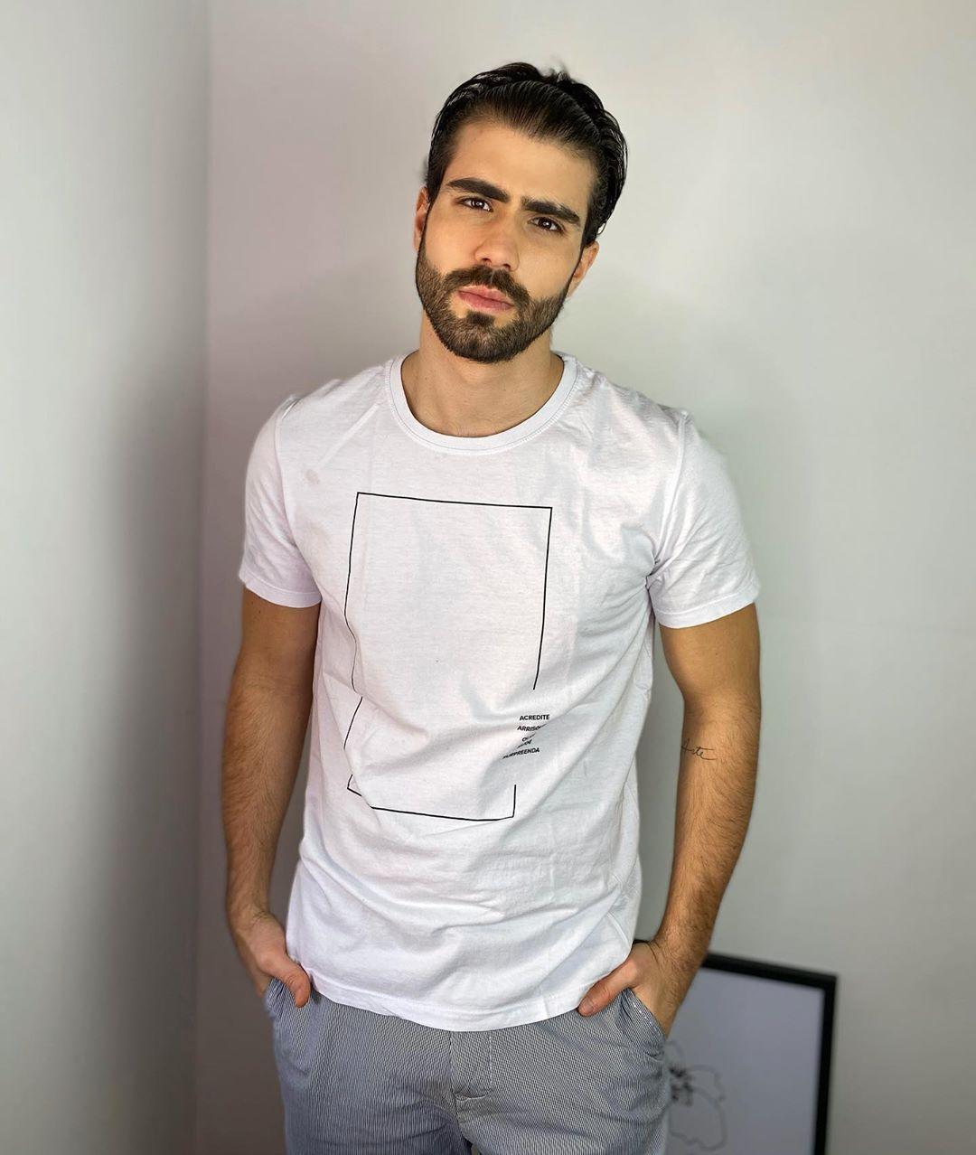 Filho De Libaneses Juliano Laham Lamenta Tragedia Em Beirute Entretenimento R7 Famosos E Tv