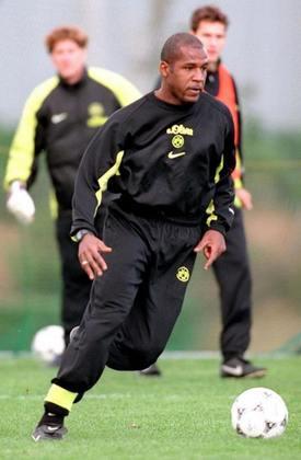 Julio Cesar, zagueiro - Borussia Dortmund - 1997