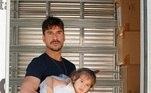 Recentemente, o ator se mudou com a família para Indaiatuba, no interior de São Paulo. De acordo com o artista, ele decidiu deixar a capital paulista em busca de maior qualidade de vida. No Instagram, ele mostrou todos os detalhes da mudança e, claro, até os filhos entraram na brincadeira