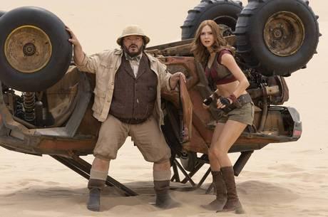 Jack Black e Karen Gillan em novo cenário do filme