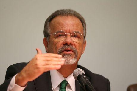 Jungmann explica que dinheiro para o Rio vai demorar