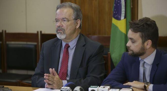 Os ministros Raul Jungmann (Segurança) e Gustavo Rocha (Direitos Humanos)