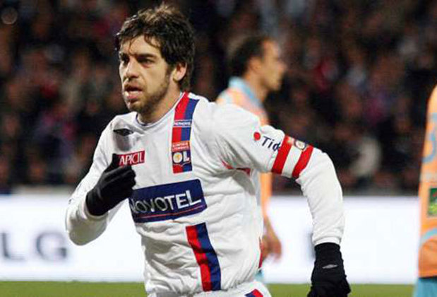 Juninho Pernambucano - 18 gols em 58 jogos