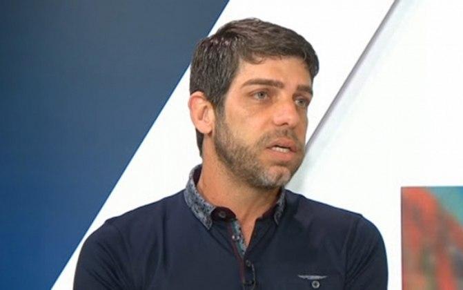 Juninho Pernambucano - Ídolo do Vasco, o ex-meia Juninho Pernambucano atualmente é diretor de futebol do Lyon, da França, onde é ídolo. Juninho esteve presente nas sete conquistas consecutivas do Lyon no Campeonato Francês, tendo saído do clube após oito temporadas. Ao todo, ele marcou 100 gols em 344 partidas