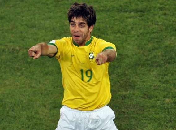 Juninho Pernambucano - Posição: meia - Time em que jogou: Sport