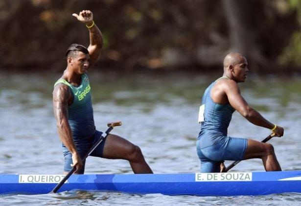 Junto com Isaquias Queiroz, Erlon Souza foi prata na C2 100m. Ele não estará em Tóquio