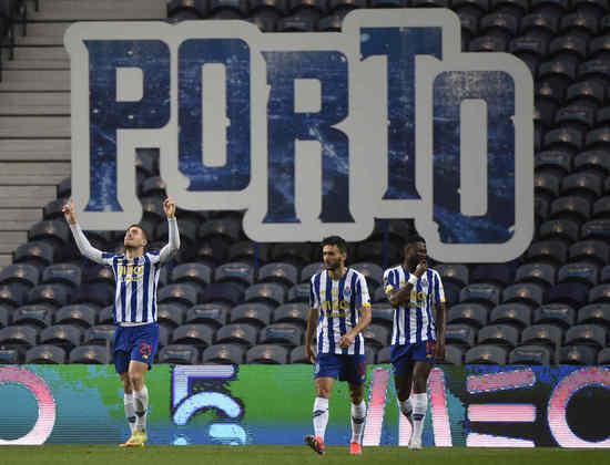 Junto do time de Alvalade, o Porto disputará a fase de grupos da Champions League.