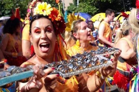 Jussara sente falta dos ensaios do bloco de Carnaval
