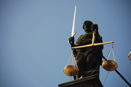 Advogada foi condenada por improbidade