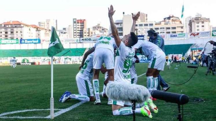 Juventude - Autor do terceiro gol, Guilherme Castilho foi o grande nome do Juventude no jogo.