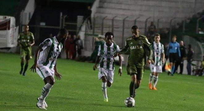 Juventude e Coritiba empataram em 1 a 1, no Alfredo Jaconi Crédito: Coritiba / Divulgação / CP