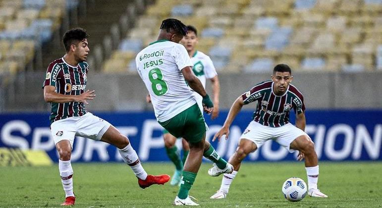 Fluminense saiu na frente, mas cedeu empate ao Juventude em gol contra de Lucca