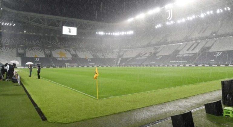 O Allianz de Turim, na data em que o Napoli não enfrentou a Juventus