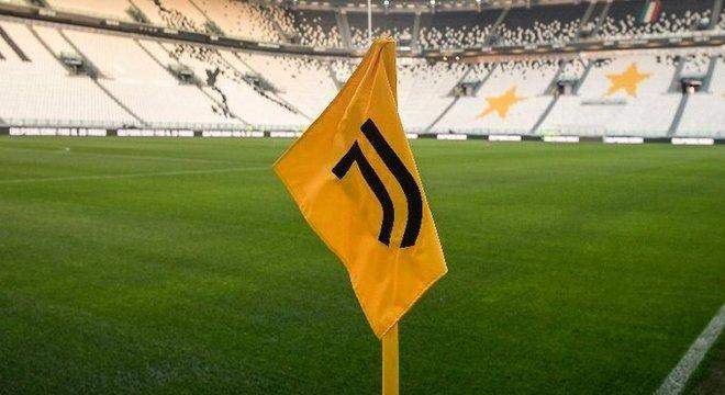 Capa do Twitter da Juventus, com o anúncio da suspensão do jogo