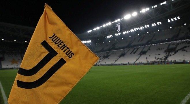 Antes de Juve X Atalanta, a desinfecção do Allianz Stadium