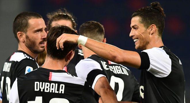 Juve 2 X 0 Bologna, e a liderança assegurada