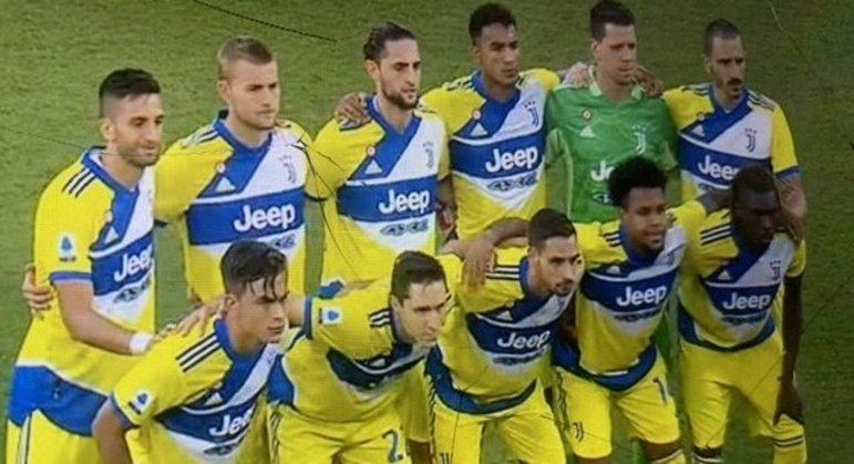 As expressões dos jogadores da Juve antes da partida