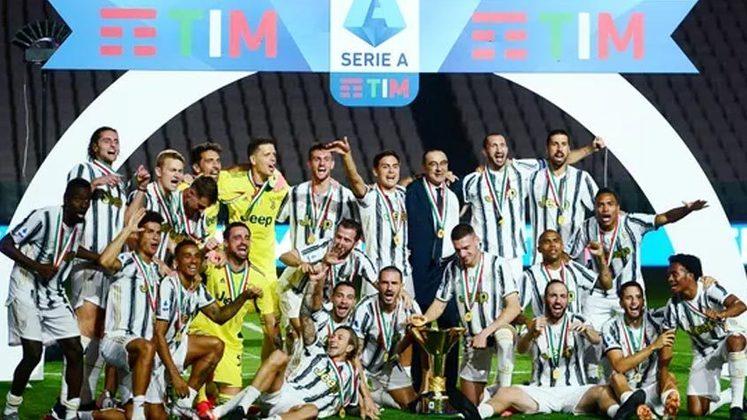 Juventus - nove títulos consecutivos do Campeonato Italiano: 2011/2012 até 2019/2020