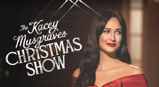 Kacey Musgraves lança disco de Natal com Lana Del Rey e mais; ouça