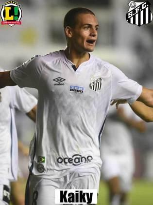 Kaiky - 5,5 - Salvou um gol no segundo tempo, mas assim como Luiz Felipe deixou a bola chegar muitas vezes no goleiro do Peixe.