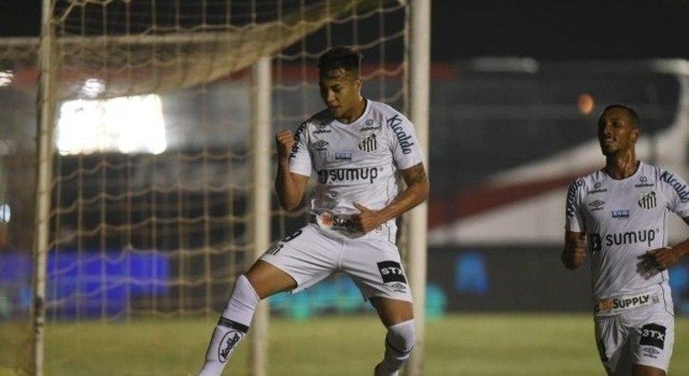 Kaio Jorge abriu o placar para o Santos em vitória sobre o Cianorte