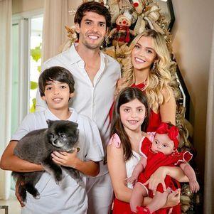 Kaká, Carol Dias, Luca, Isabella e Esther
