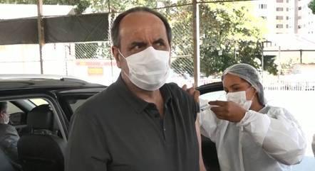 Kalil foi imunizado com a vacina Astrazeneca