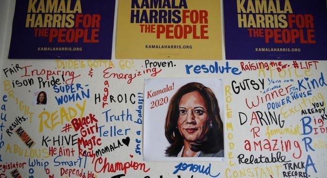 Quando Kamala anunciou sua candidatura presidencial, houve entusiasmo entre progressistas. Mas logo ela começou a ser criticada por não trazer respostas claras a problemas amplos e cruciais, como saúde