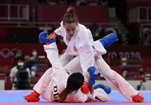 KARATÊ - Na categoria kumite (até 61kg), a sérvia Jovana Prekovic conquistou a medalha de ouro. A chinesa Yin Xiaoyan ficou com a prata. Já a medalha de bronze ficou com a turca Merve Coban e a egípcia Giana Lotfy.