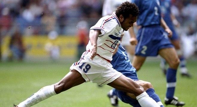 Karembeu venceu a Liga dos Campeões pelo Real Madrid e a Copa do Mundo pela França, em 98