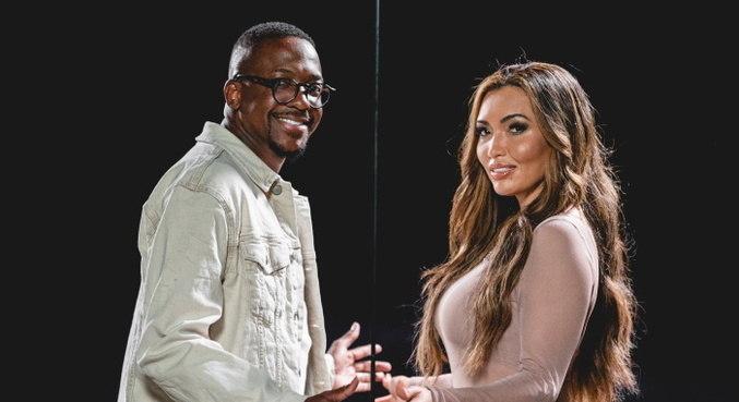 Karinah se junta ao cantor Mumuzinho em 'Não é Bem Assim'