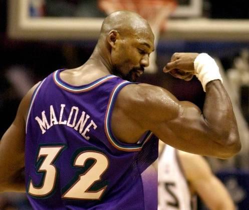 Karl Malone - O atleta ganhou o troféu de MVP nos anos de 1997 e 1999, e faz parte do grupo dos 50 melhores jogadores da história da NBA. Entretanto, o ala-pivô jamais venceu a NBA, sendo vice em 97 e 98 com a camisa do Utah Jazz e em 2004 pelo Lakers