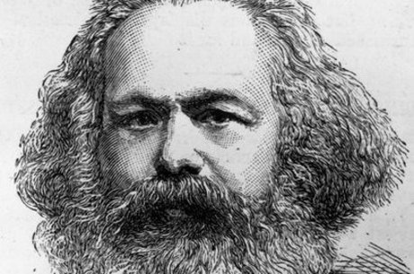 Para adolescente, há muito Marx e pouco Mises no currículo